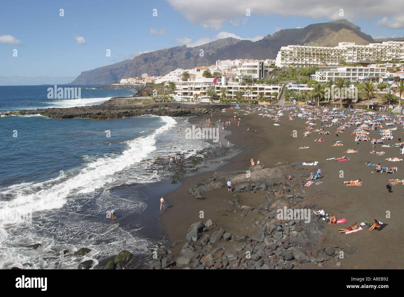 Playa de la arena puerto stock photos playa de la arena puerto stock images alamy - Puerto santiago tenerife mapa ...