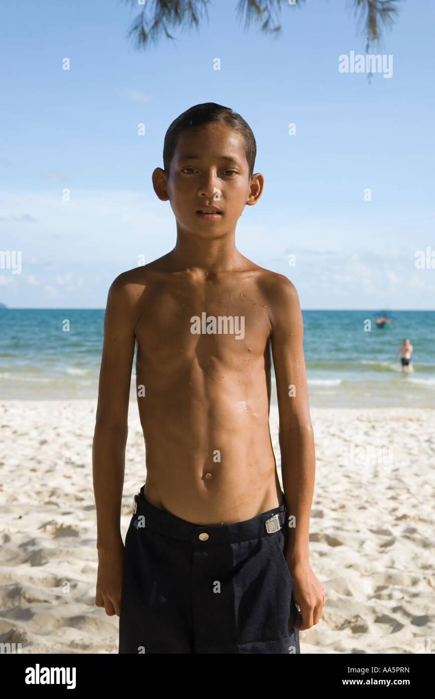 nude teenage beach boys