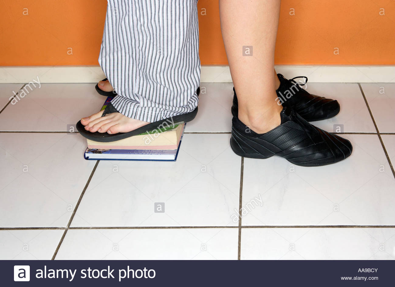 Back to back height comparison - Stock Image