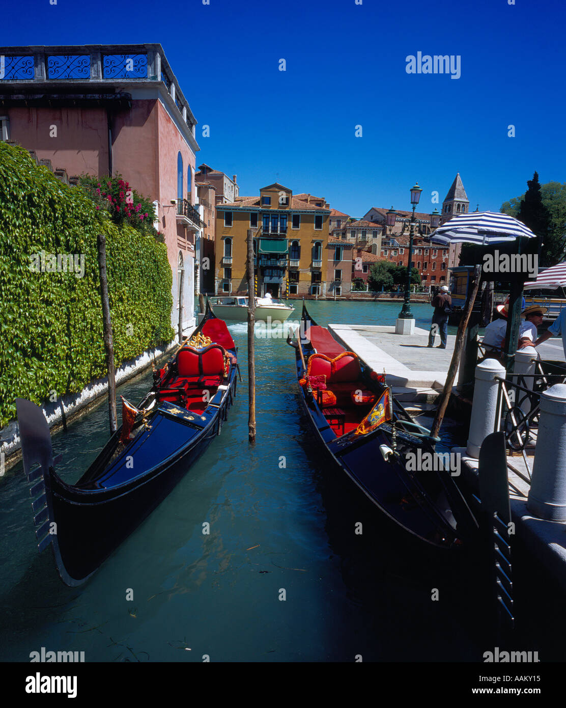 Gondola at Canal Grande, Venice, UNESCO World Heritage Site, Italy,  Europe. Photo by Willy Matheisl - Stock Image