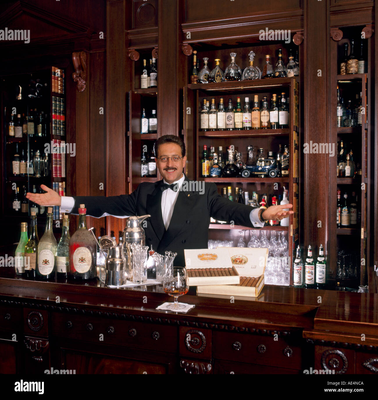 Barman at Lanesborough Hotel London SW1 England - Stock Image