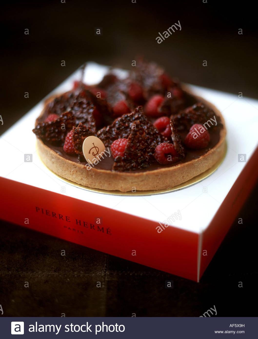 Chocolate and raspberry gateau by Pierre Herme, Paris Stock Photo
