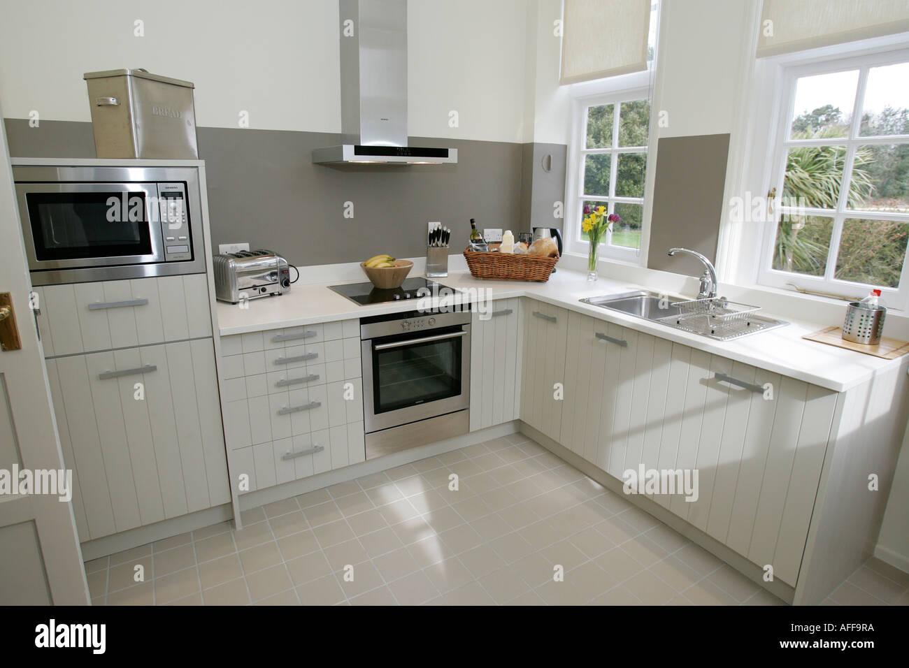 Ungewöhnlich Shaker Küchenschränke Uk Bilder - Küche Set Ideen ...