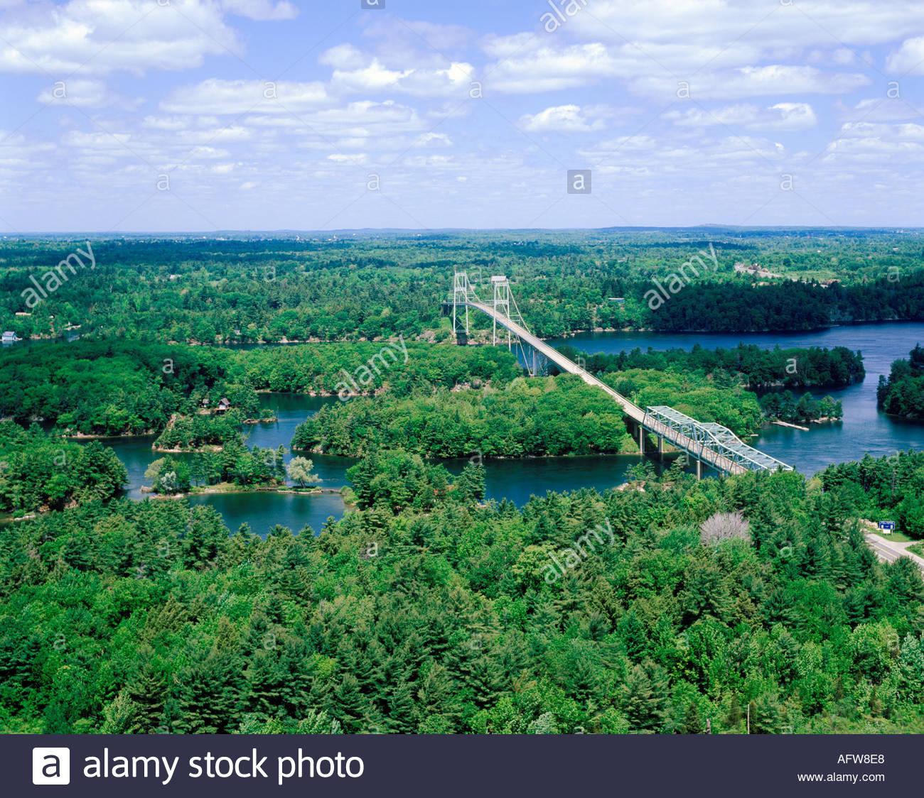 ivy-lea-bridge-in-the-thousand-islands-o