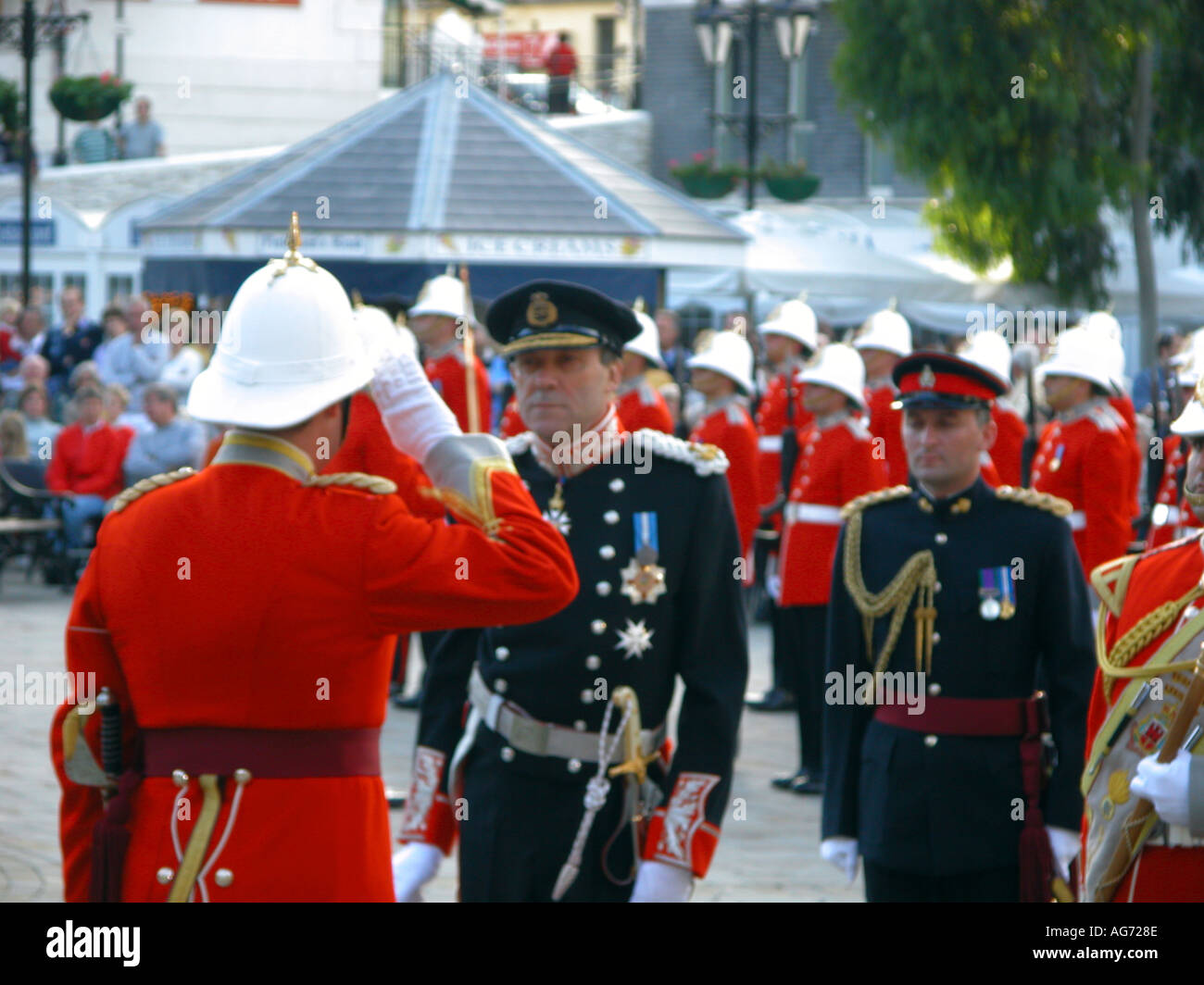 Sir Francis Richards governor of Gibraltar inspects the troops The Ceremony Of The Keys 2003 Ceremony ceremonial - Stock Image