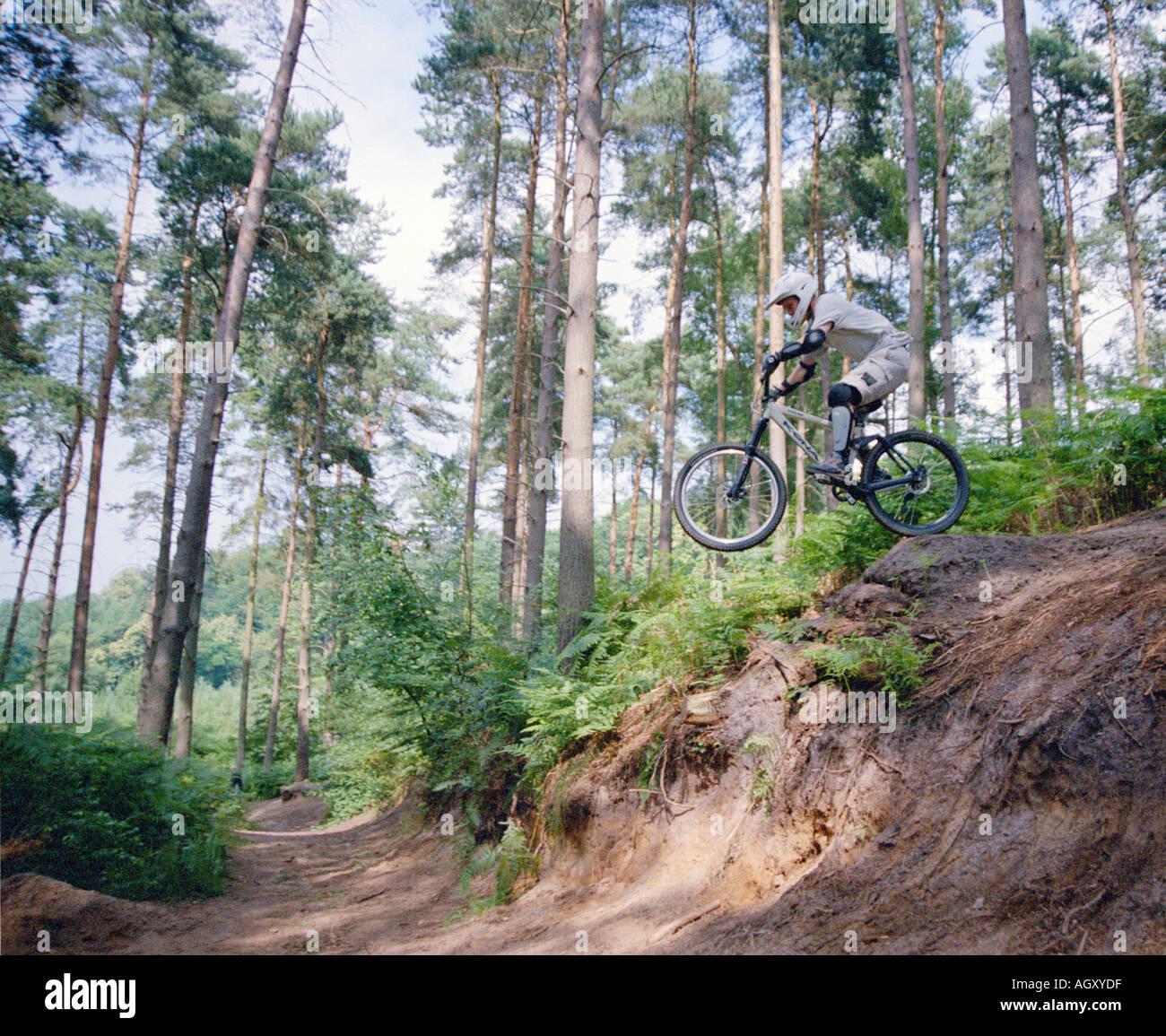 PICTURE CREDIT DOUG BLANE Mountain Biking at the bike park Brickhill Woods Wobrn Sands near Milton Keynes MK - Stock Image