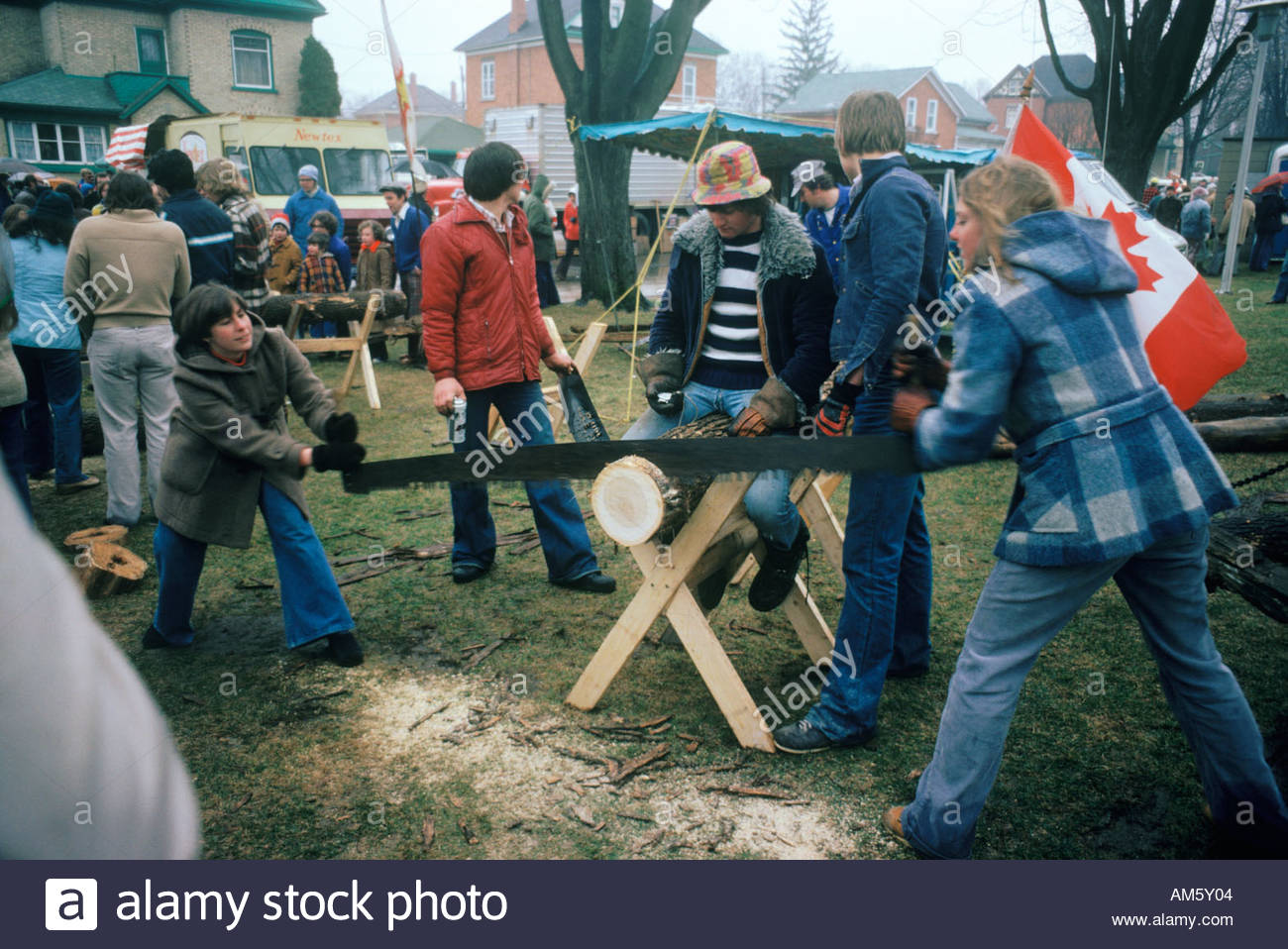 log-sawing-contest-at-the-maple-syrup-fe