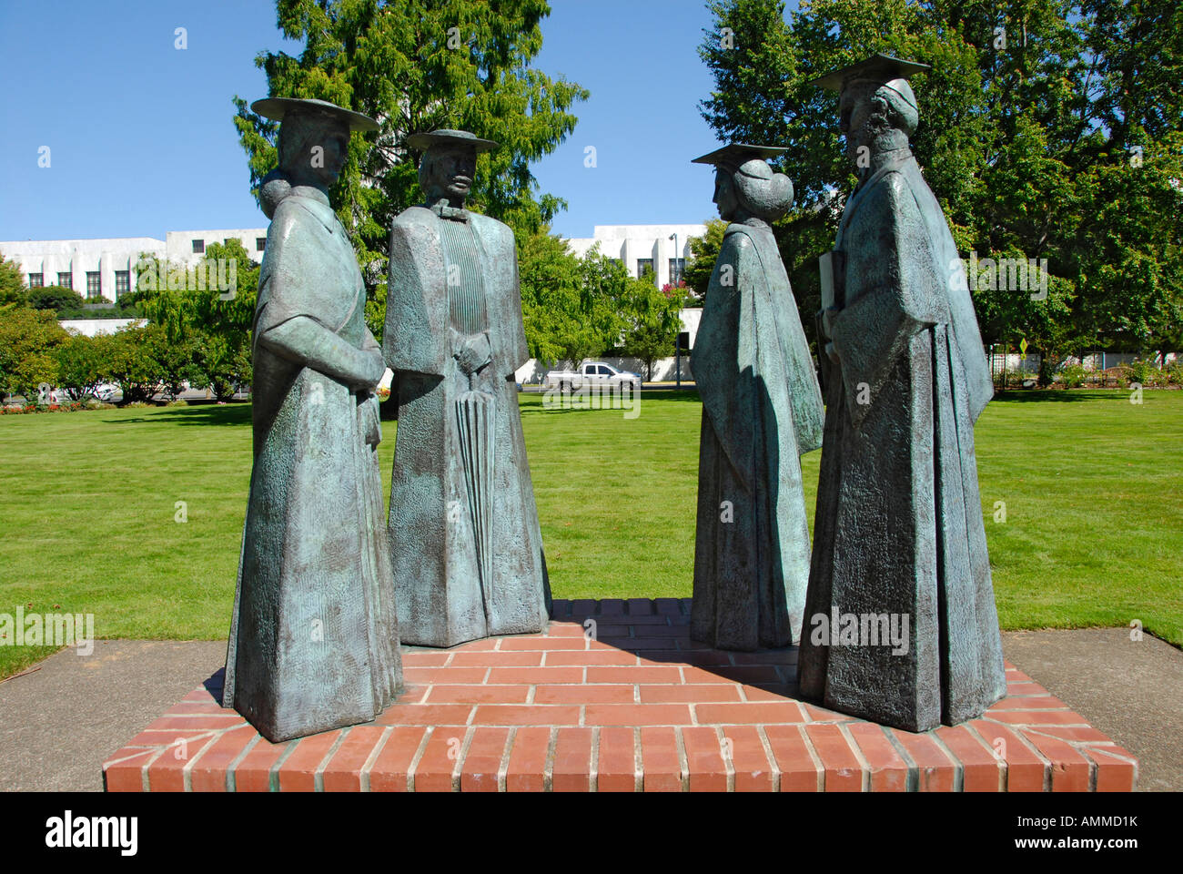 Town and Gown Sculpture on campus of Willamette University College ...