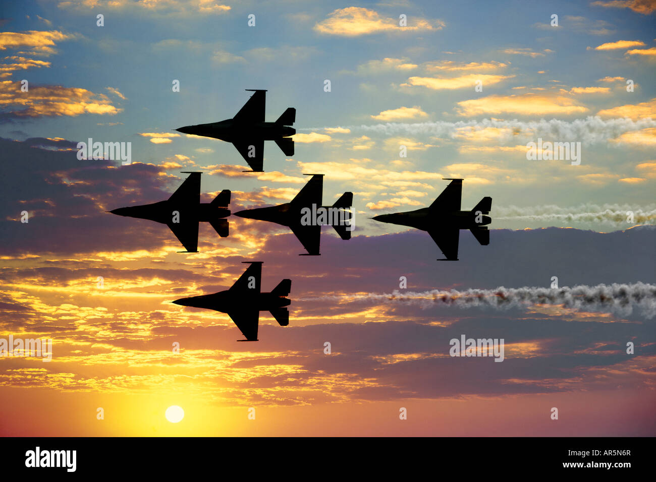 U.S. Thunderbirds in flight at airshow, Smyrna, Tennessee - Stock Image