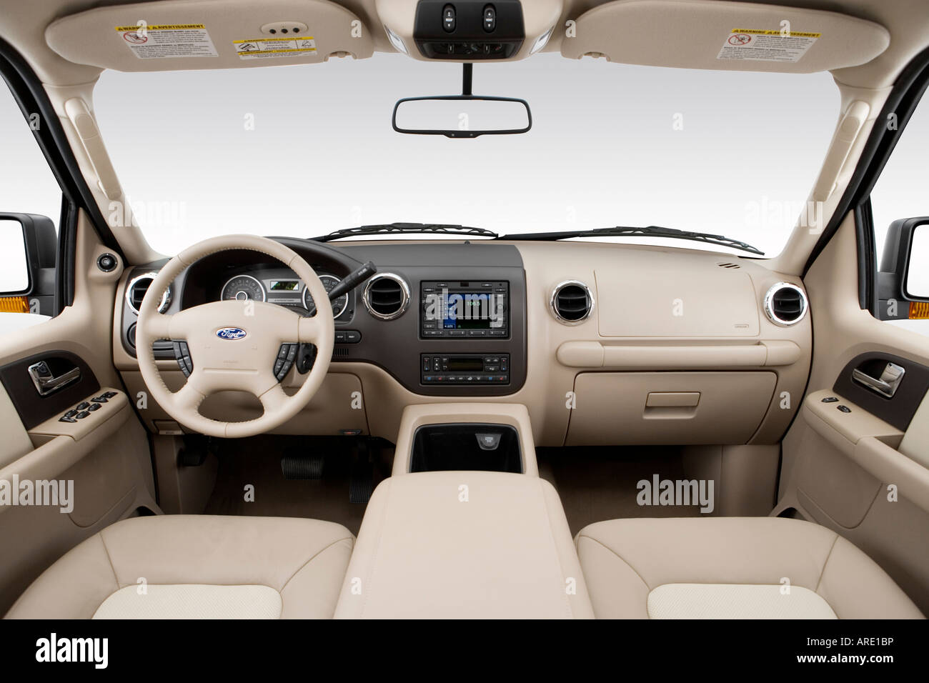 2006 ford expedition eddie bauer in black dashboard center stock photo 16025433 alamy. Black Bedroom Furniture Sets. Home Design Ideas