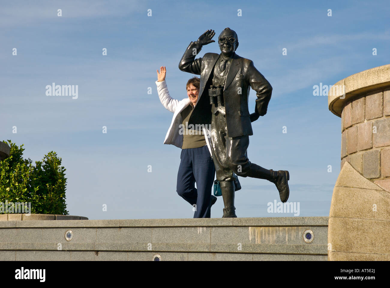 Statue of comedian Eric Morecambe on the promenade at Morecambe, Lancashire, England UK Stock Photo