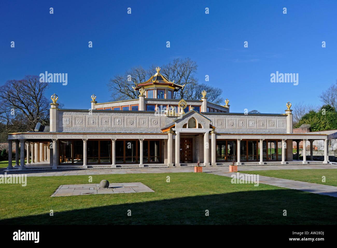 manjushri-kadampa-peace-temple-buddhism-meditation-centre-conishead-AW28DJ.jpg