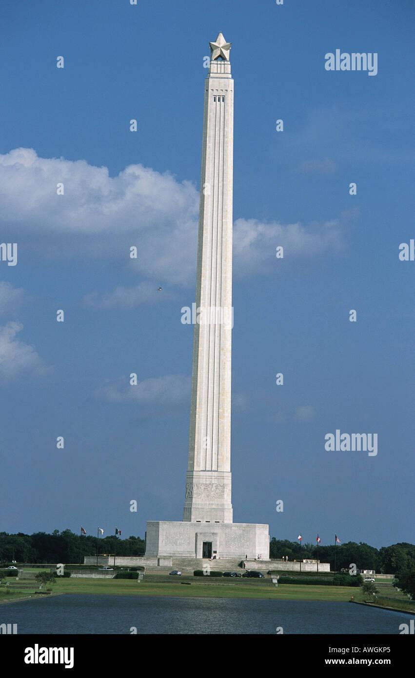USA, Texas, Houston, San Jacinto Battleground, San Jacinto Tower, 184-meter monument, topped by lone star - Stock Image