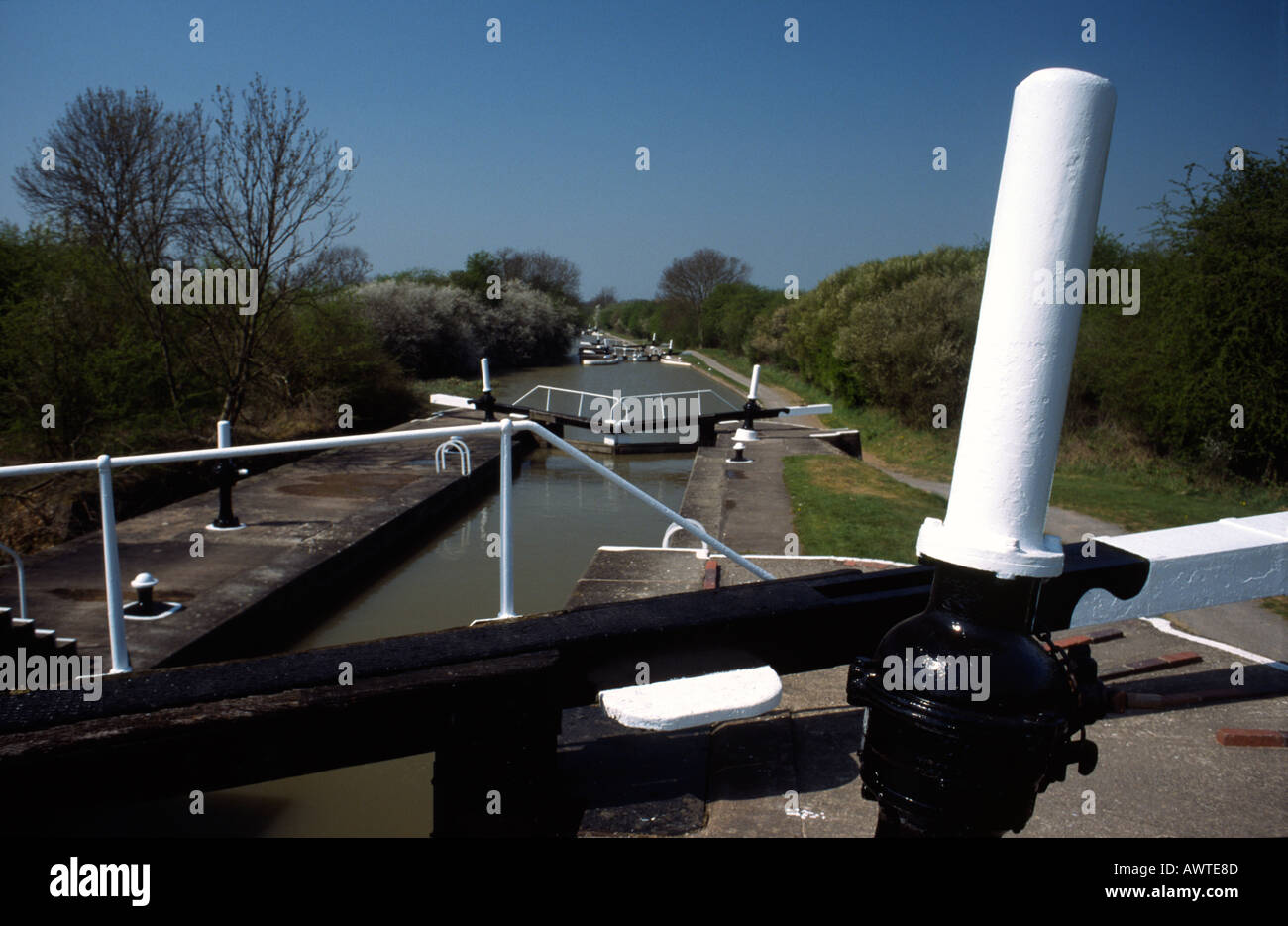 PICTURE CREDIT DOUG BLANE Stockton locks Grand Union Junction Canal - Stock Image