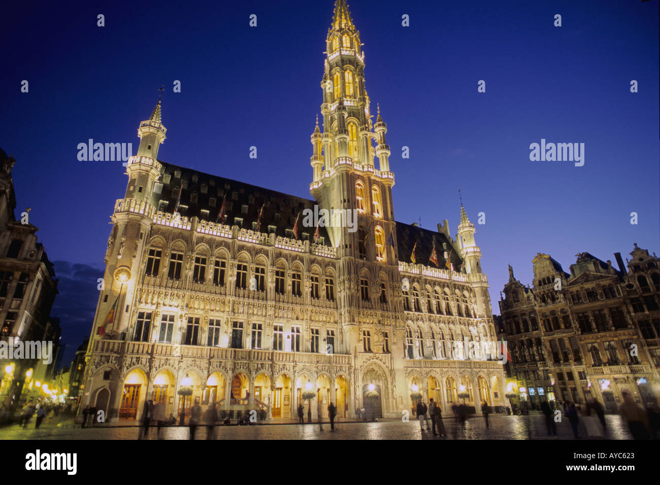 Belgium Bruxelles Brussels City Hall Hotel de Ville Grand Place night Stock Photo