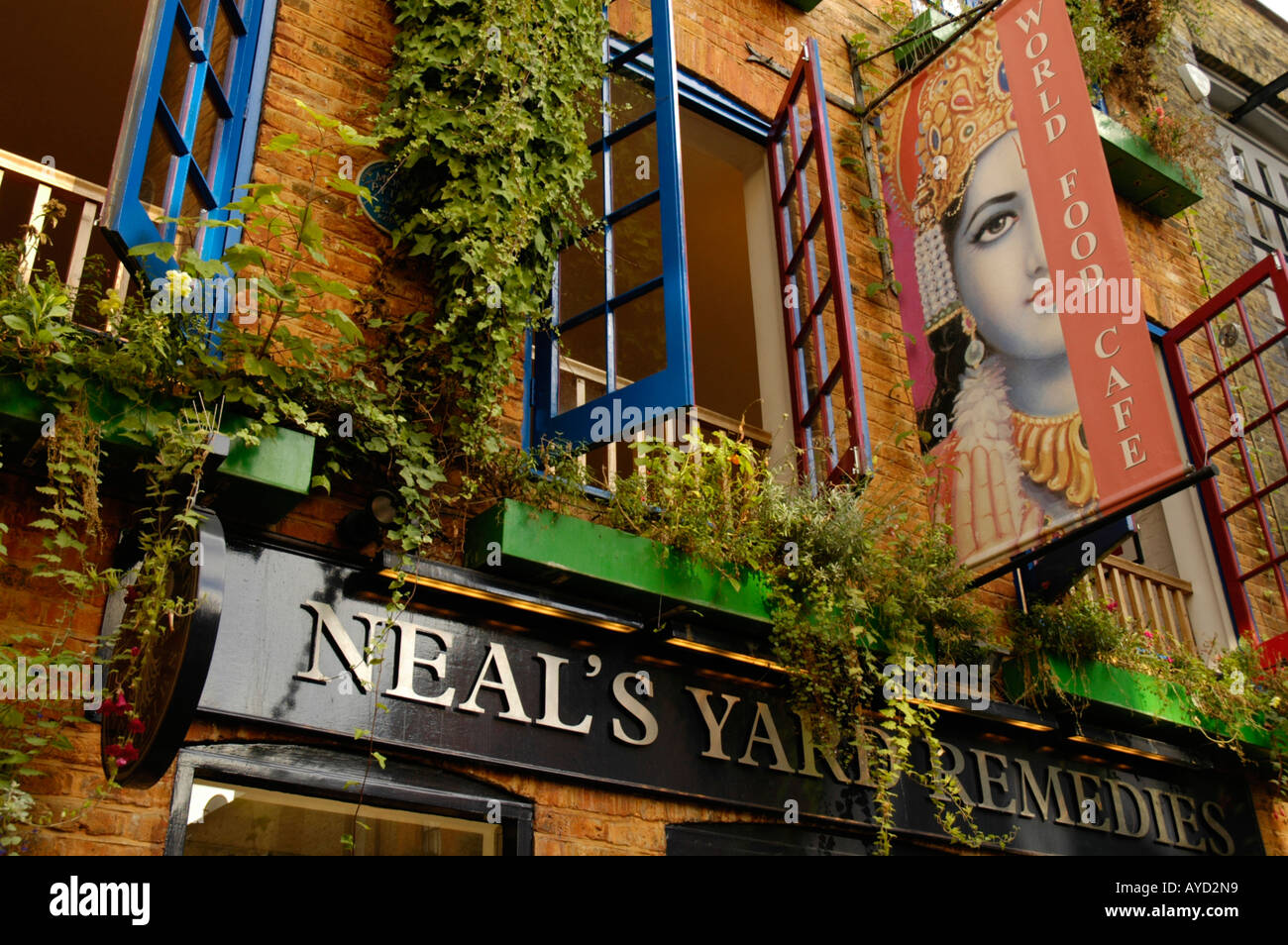Cafe and shop selling alternative remedies in Neal\'s Yard Covent ...