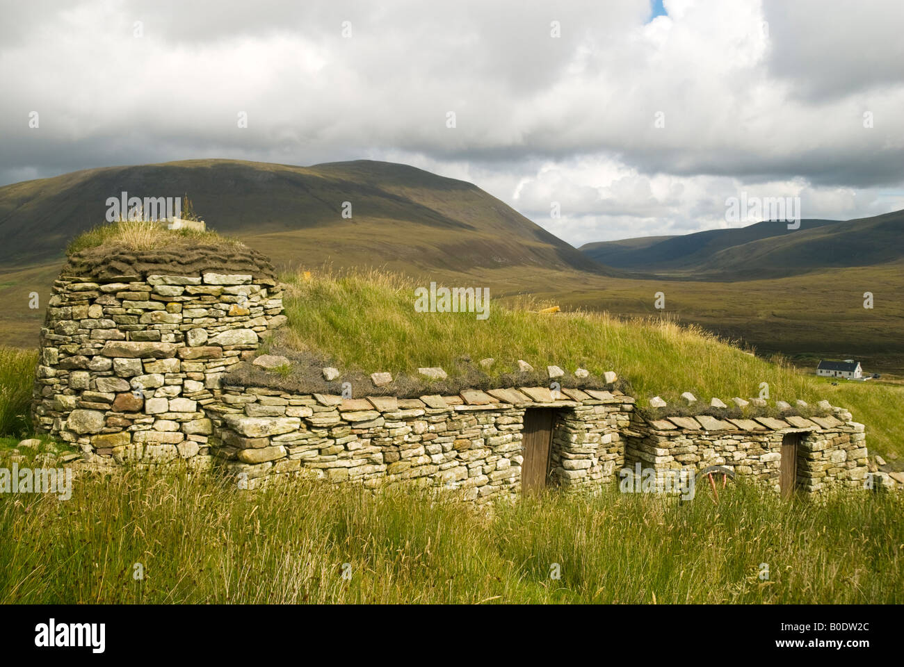 Old farm house with turf roof at Rackwick, Isle of Hoy, Orkney Islands, Scotland, UK Stock Photo
