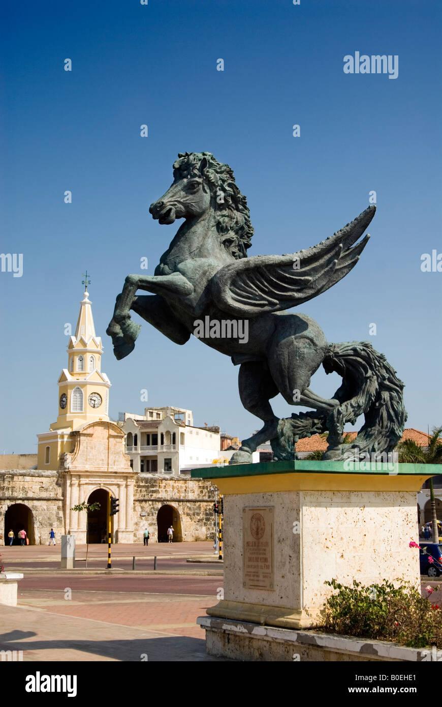 Statue of Pegasus on the Muelle de Los Pegasos by Hector Lombana Pineres Cartagena de Indias, Colombia - Stock Image