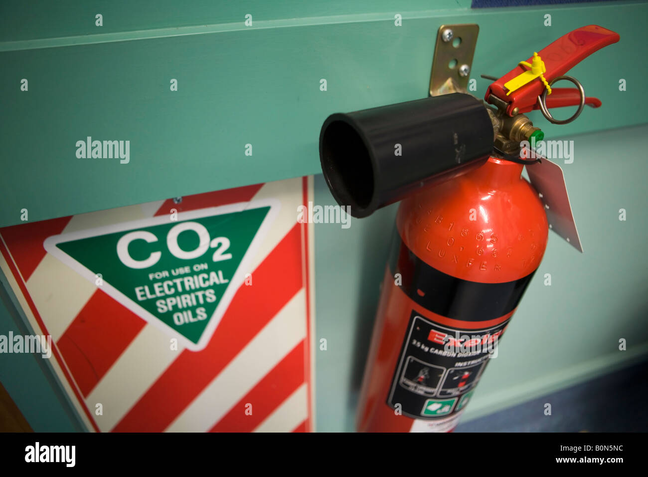 Carbon Dioxide fire extinguisher for electrical fires school science laboratory New Zealand - Stock Image