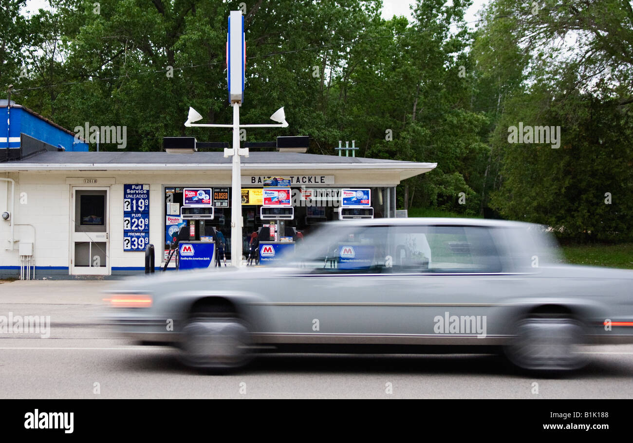 Closed Petrol Station Stock Photos Amp Closed Petrol Station