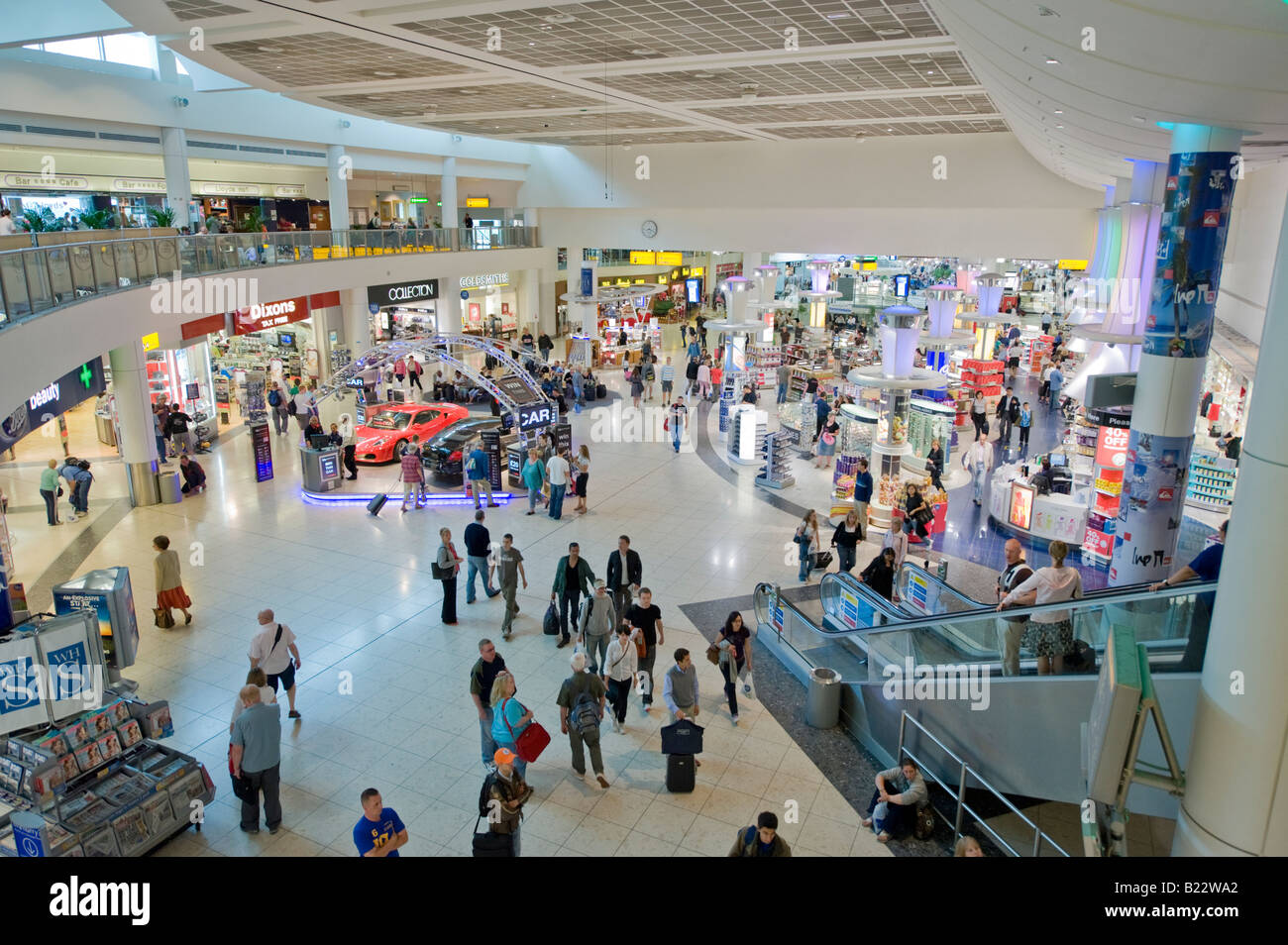 Gatwick Airport, North Terminal, Departures, Shopping Mall. Stock Photo