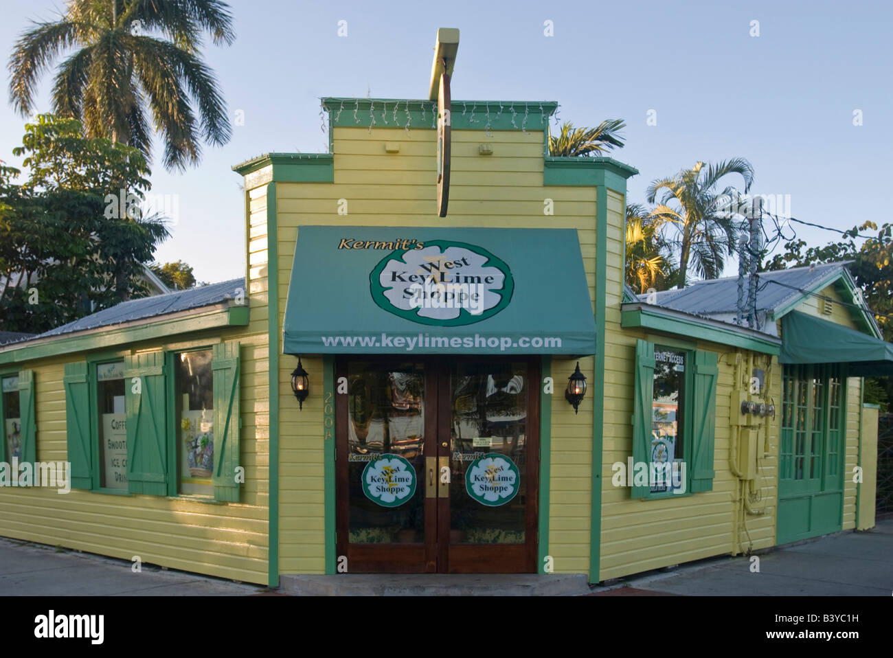 North America, USA, Florida, Key West. Kermit's Key West Key Lime Shoppe voted 'best tasting key lime pie' by the Stock Photo