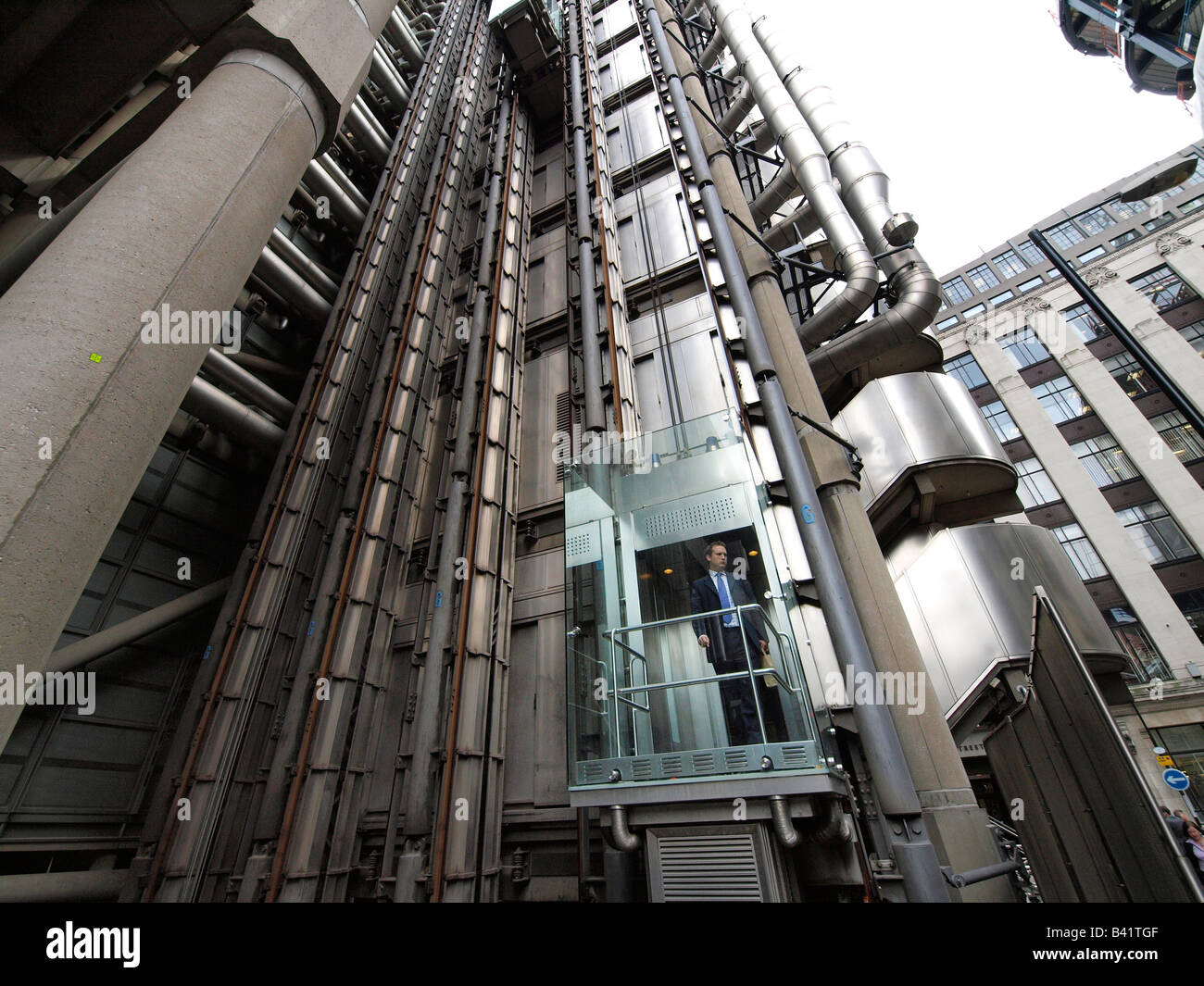 Hotel With Hoist In London