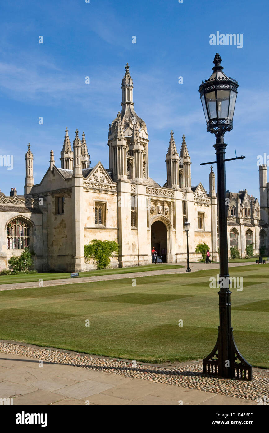 porters-lodge-and-gate-kings-college-cam