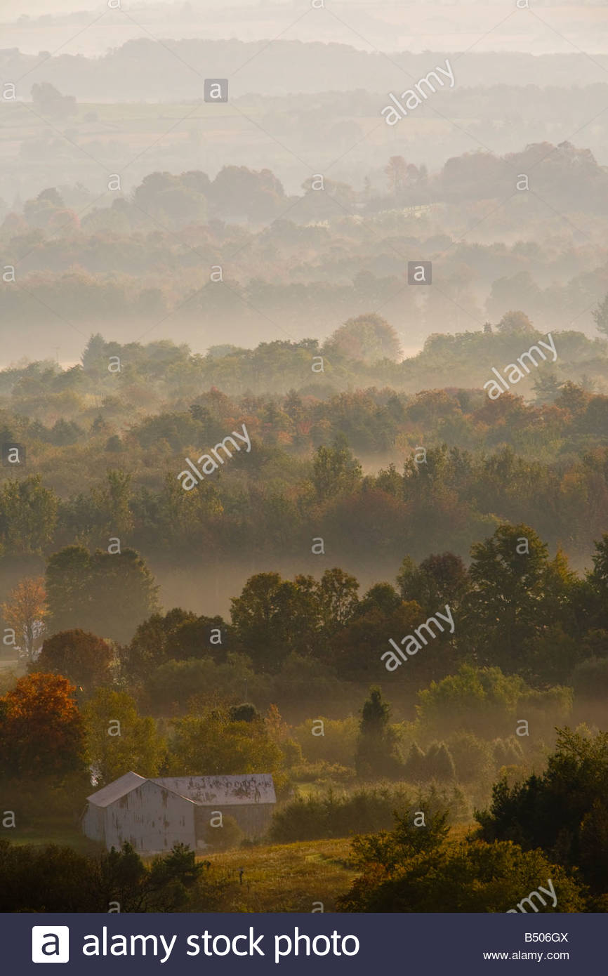morning-mist-on-the-rolling-hills-of-nor