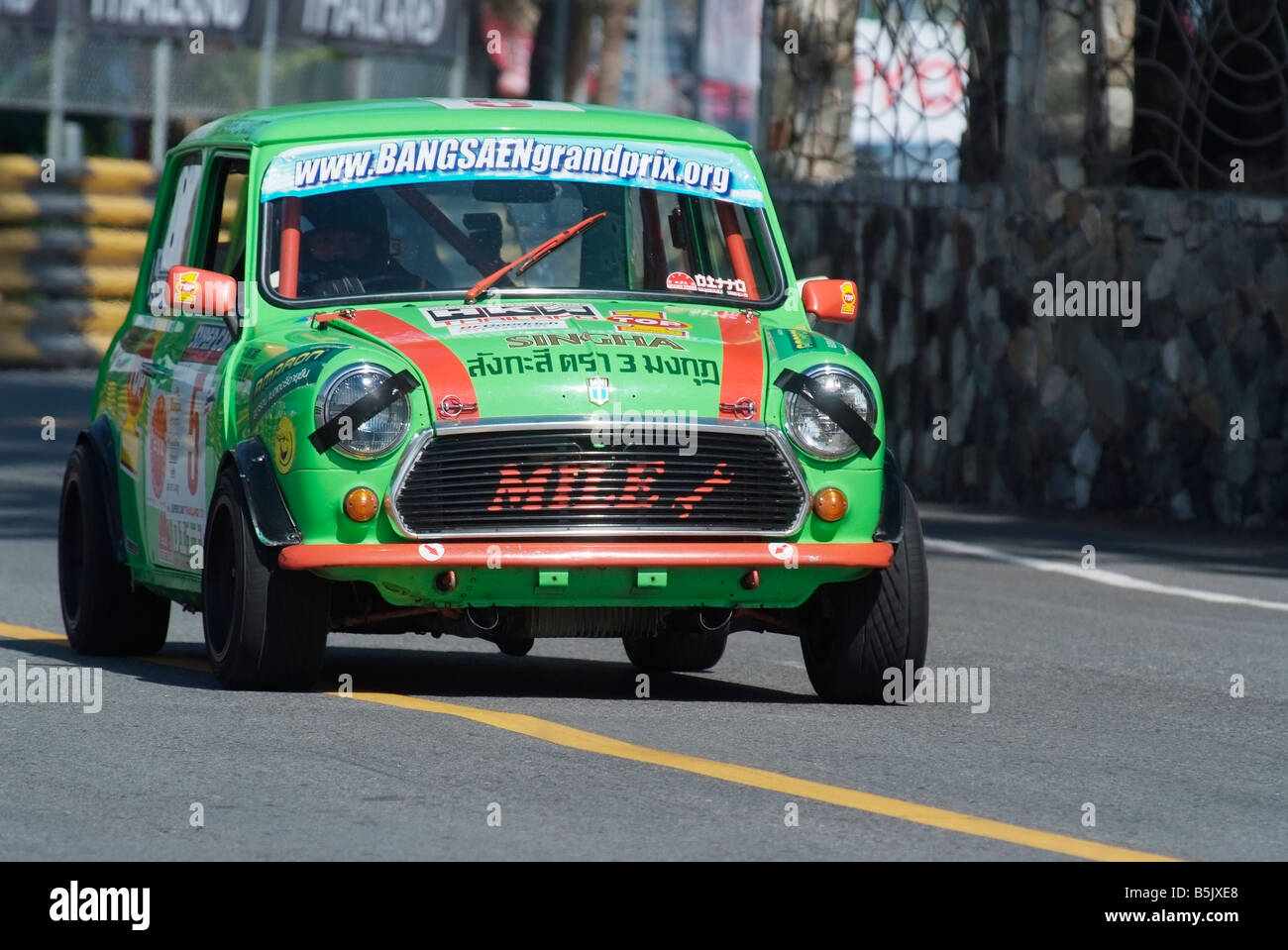 Green Mini racing at the city circuit of Bang Saen Speed Festival in Thailand 2008 - Stock Image
