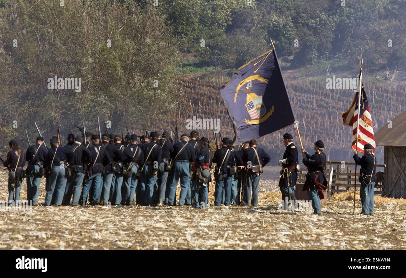 Union Troops on Battleground - Stock Image
