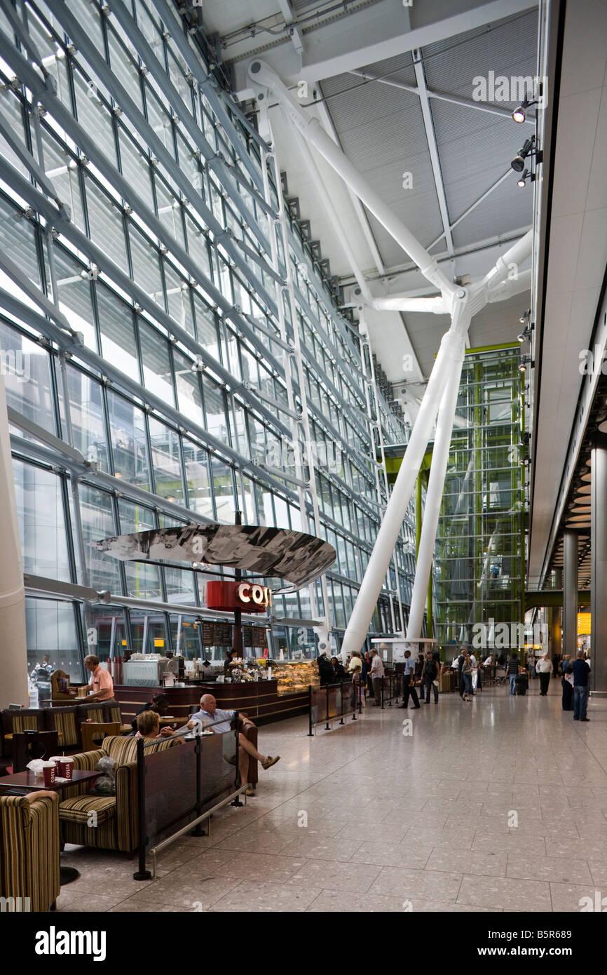 Costa Coffee cafe, Terminal 5, Heathrow, London, England - Stock Image