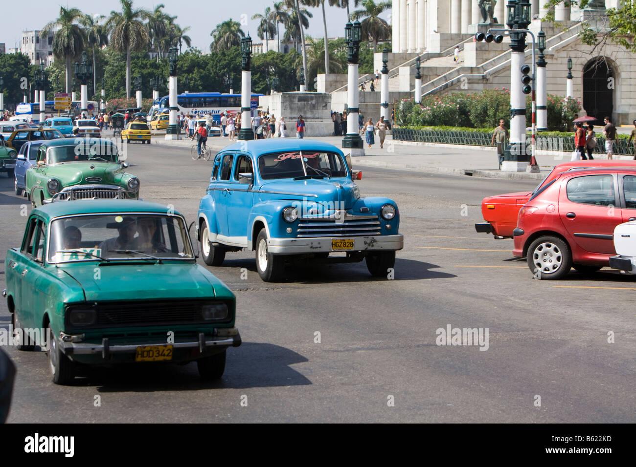Traffic consisting of old cars, Havana, Cuba, Caribbean Stock Photo ...