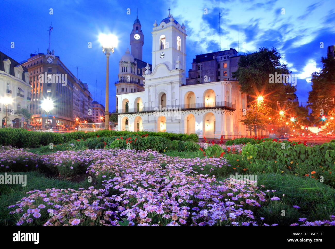 "National Cabildo building at ""Plaza de Mayo"" (Mayo Square) in the dusk, Buenos Aires, Argentina - Stock Image"
