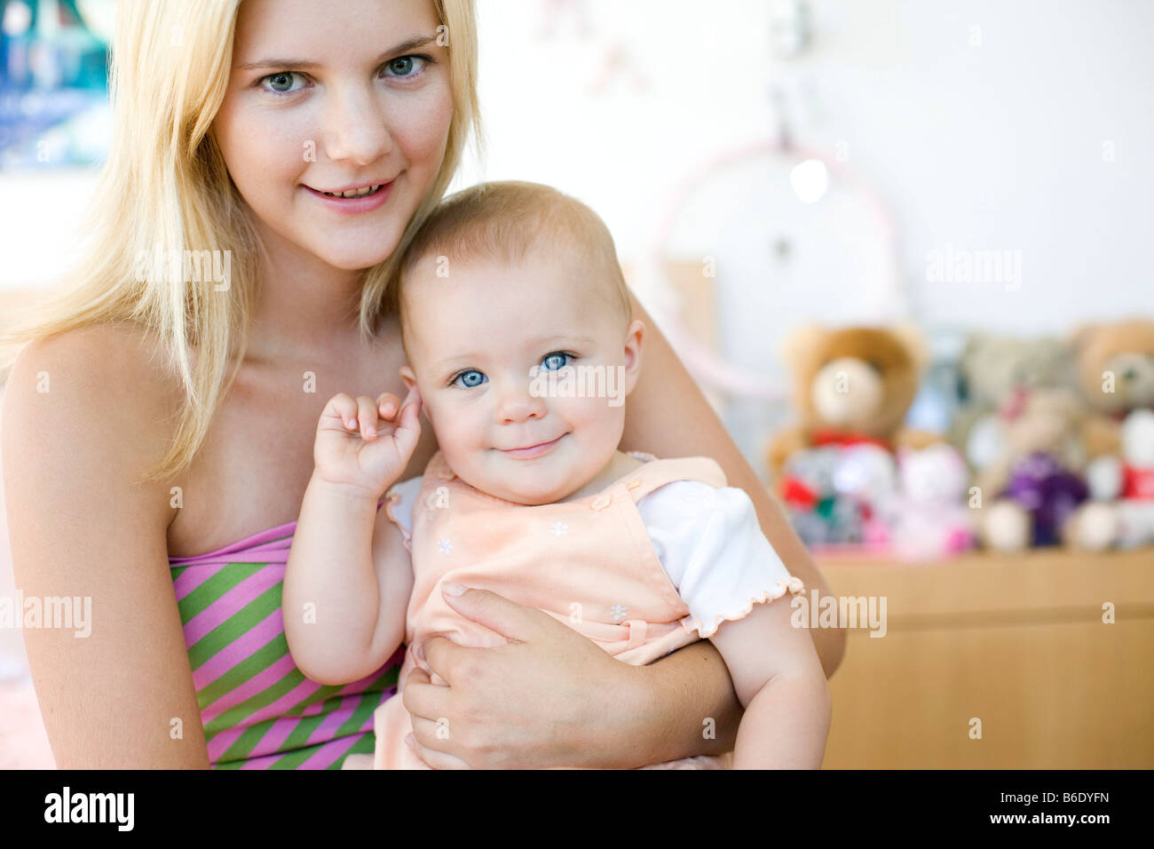 adolescent mother Teen pregnancy in the united states in 2015, a total of 229,715 babies were born to women aged 15–19 years, for a birth rate of 223 per 1,000 women in this age group this is another record low for us teens and a drop of 8% from 2014.