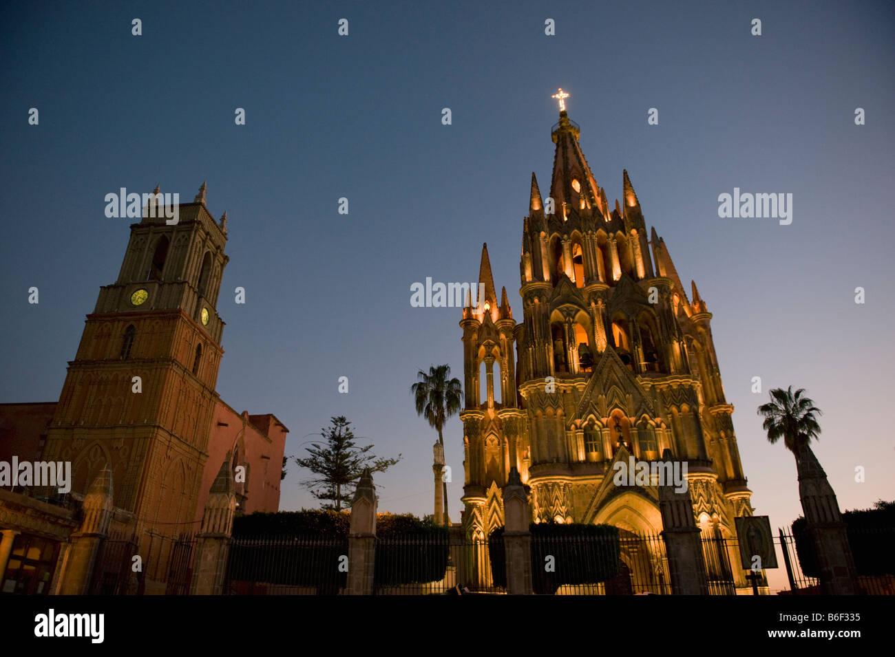 Parroquia Church at dusk, Colonial Center of San Miguel de Allende, MEXICO - Stock Image