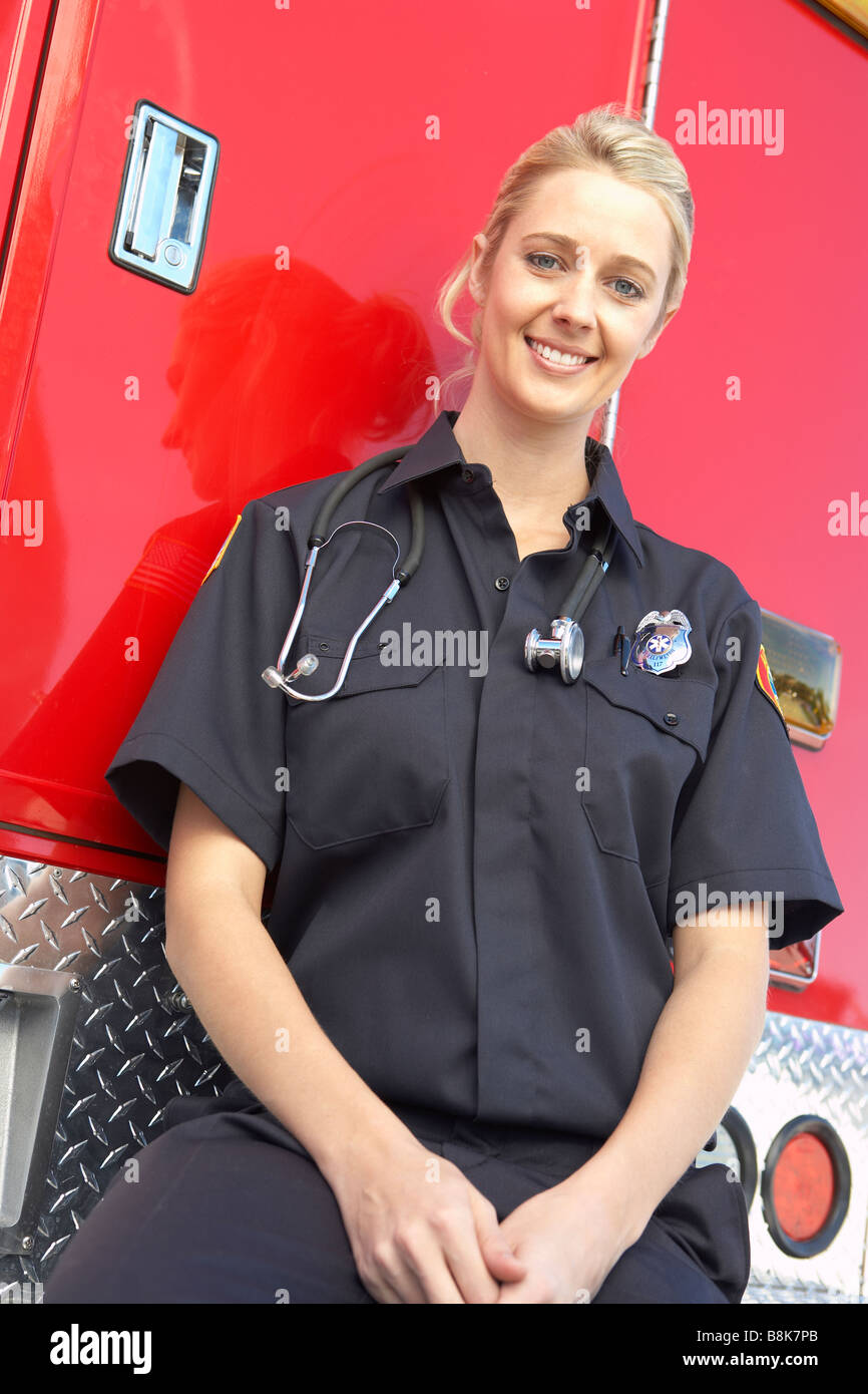 Portrait of female paramedic - Stock Image