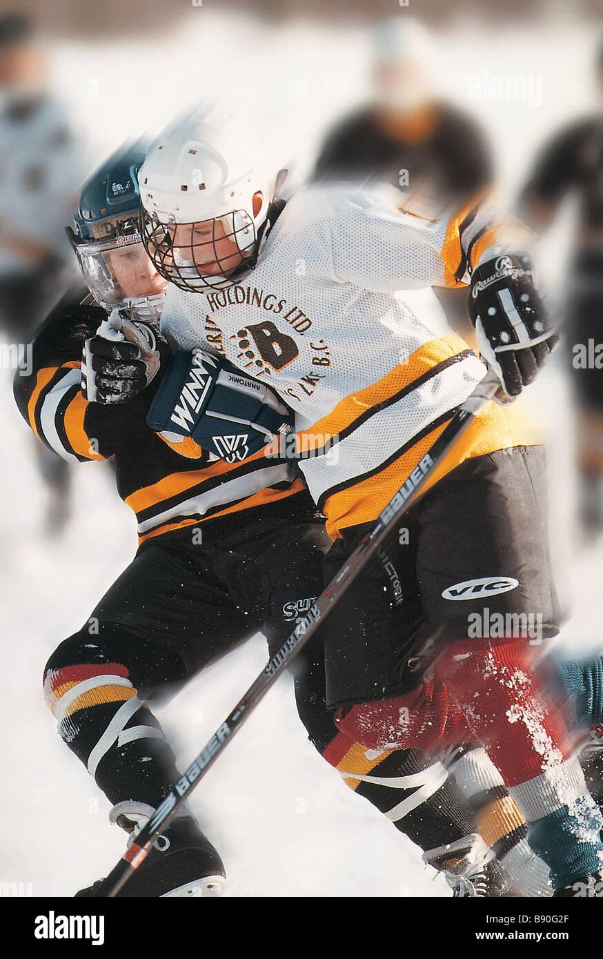 FL2825, DARWIN WIGGETT; Hockey game - Stock Image