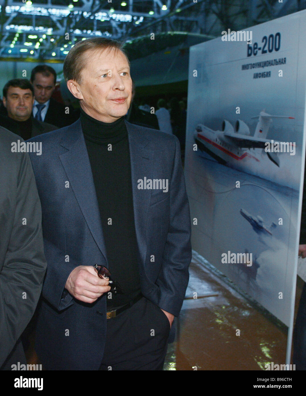 Russia s First Deputy Prime Minister Sergei Ivanov visits final assembly workshop at Irkut Aircraft Plant - Stock Image
