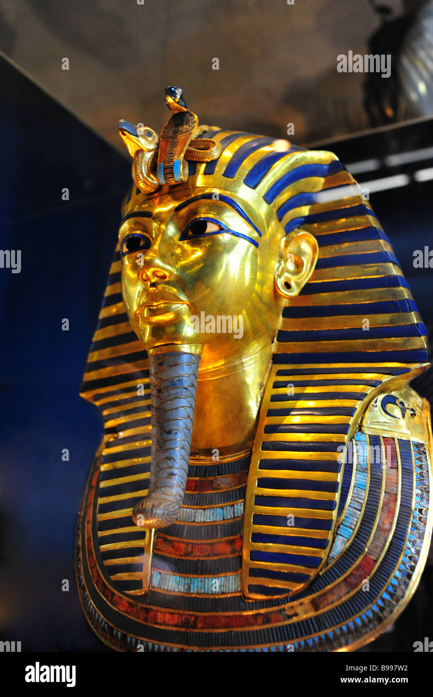 Egypt Cairo The Egyptian Museum interior museum of antiquities and ancient culture Mask of Tutankhamun s mummy Stock Photo