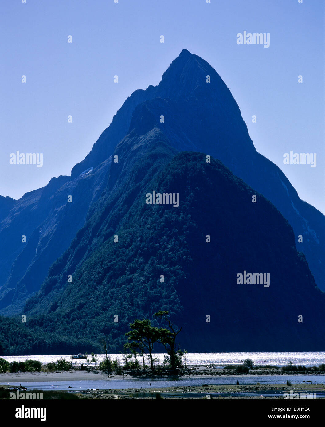 View of Mitre Peak, Milford Sound, Fiordland National Park, South Island, New Zealand - Stock Image