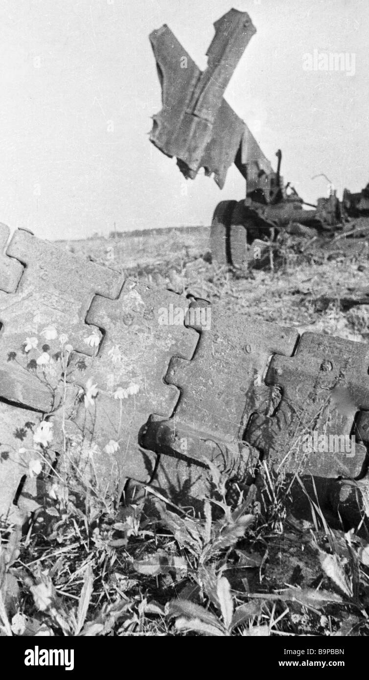 Destroyed Nazi equipment on Prokhorovo Field after the Battle of Kursk - Stock Image
