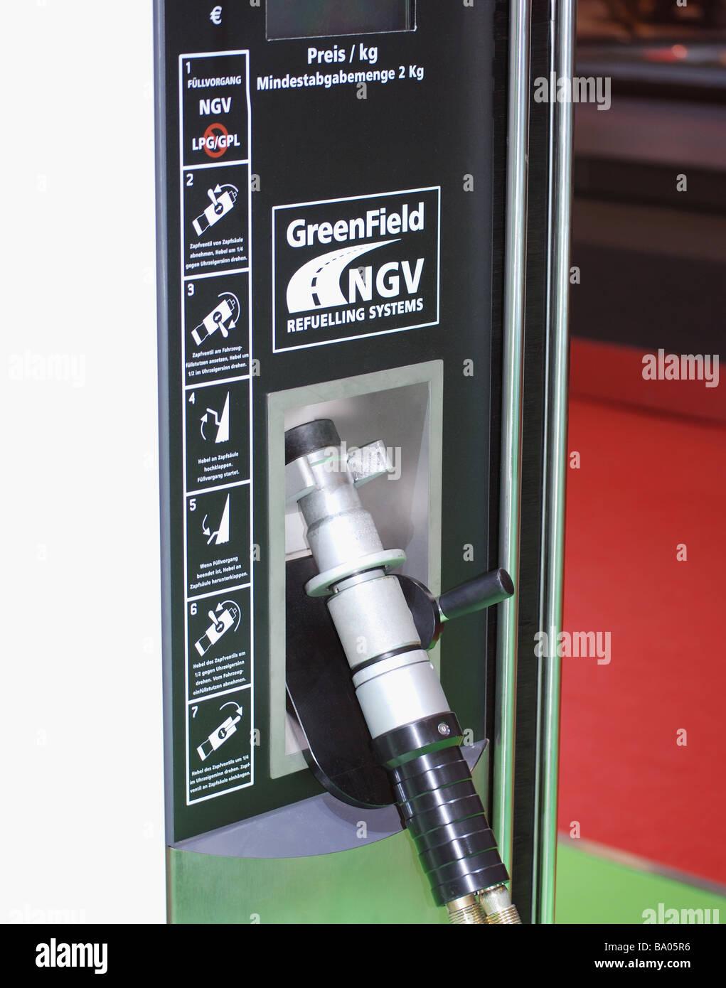 Refuelling equipment for zero emission, alternative fuel hybrid car - Stock Image