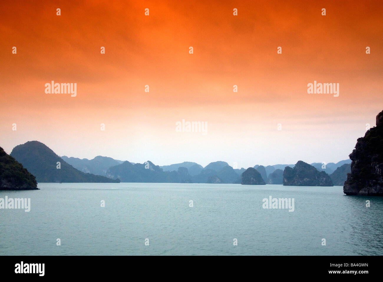 Misty morning views of Ha Long Bay Vietnam - Stock Image