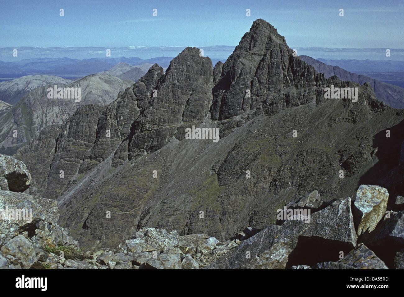 pinnacle-ridge-sgurr-nan-gillean-black-cuillin-isle-of-skye-inner-BA55RD.jpg