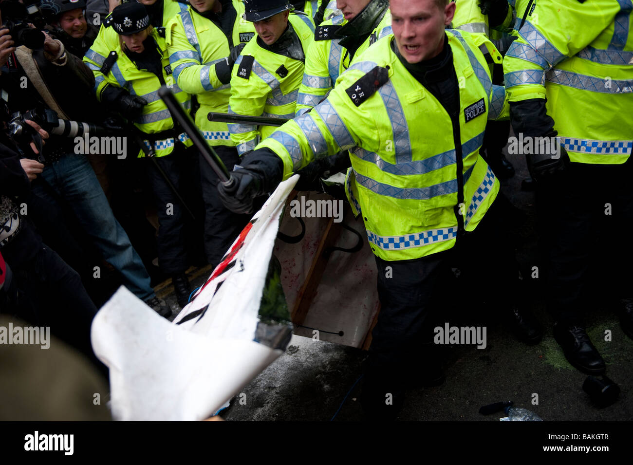 Anti-Capitalist protesters gathered at the Bank of England on the eve of the G20 Summit, which turned violent with - Stock Image