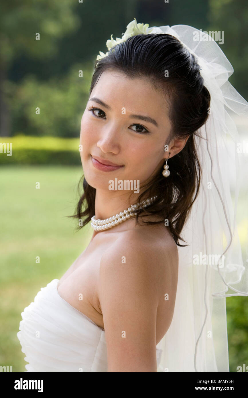 A young bride on her wedding day - Stock Image