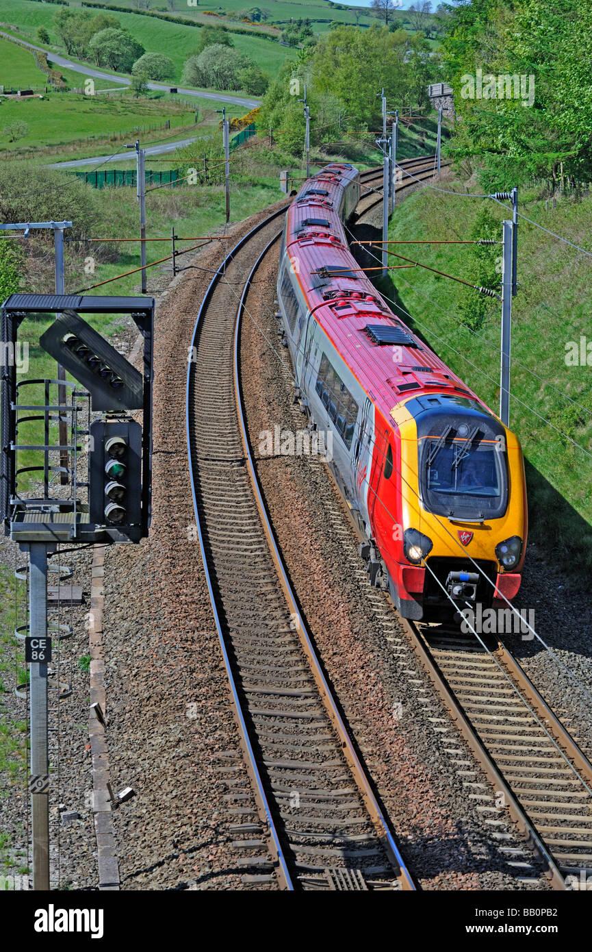 british-rail-class-221-supervoyager-diesel-electric-multiple-unit-BB0PB2.jpg