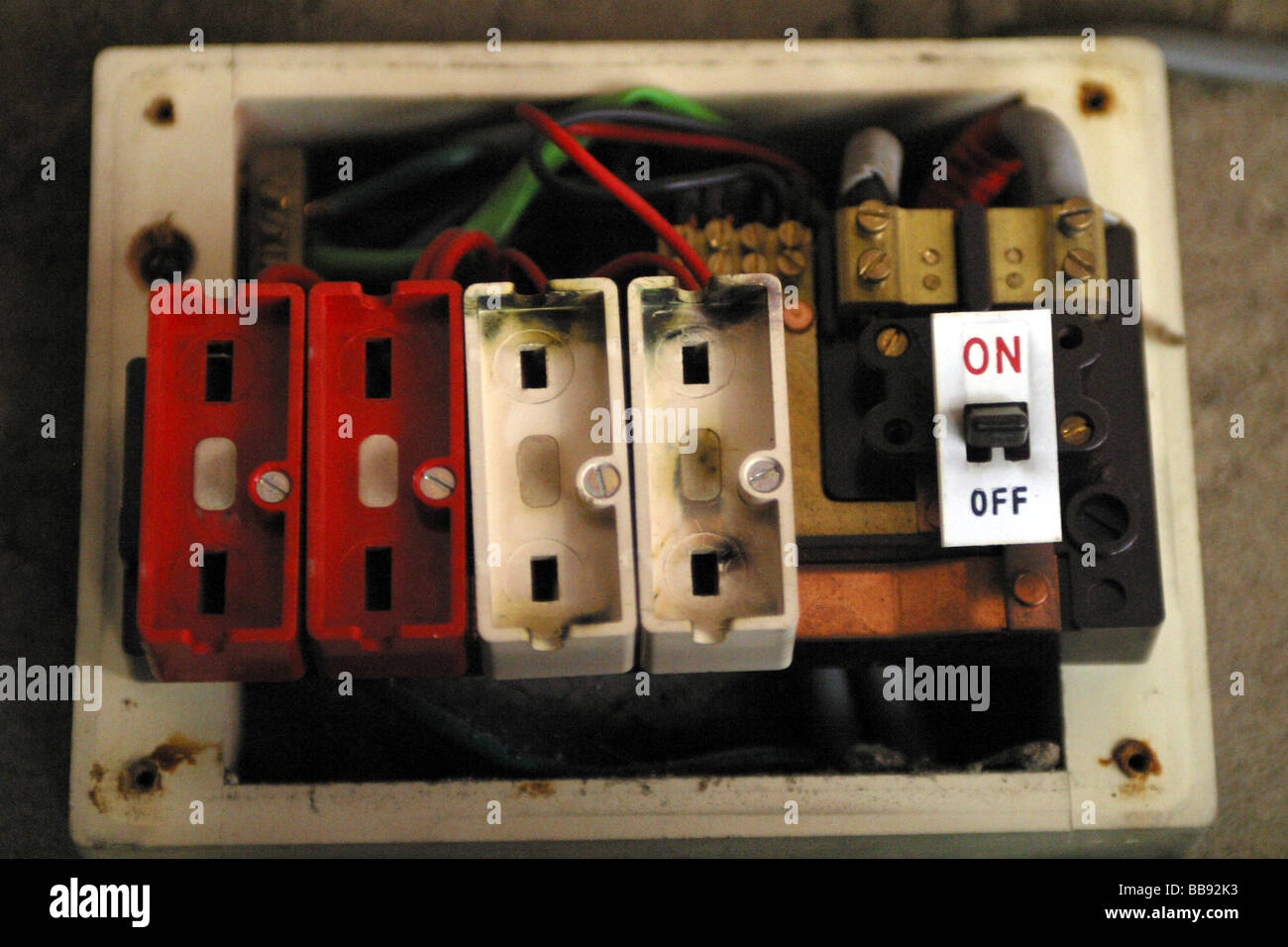 Cost To Replace Wiring In Old House - WIRING CENTER •