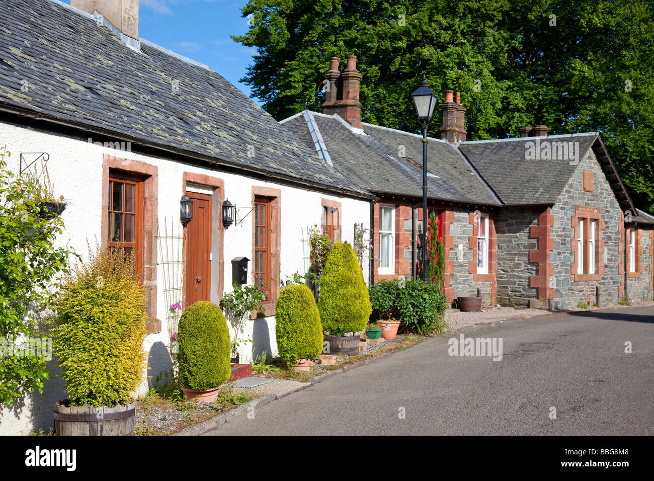 Luss, a picturesque 'model village' on the shores of Loch Lomond in the county of Dunbartonshire. Now a conservation Stock Photo